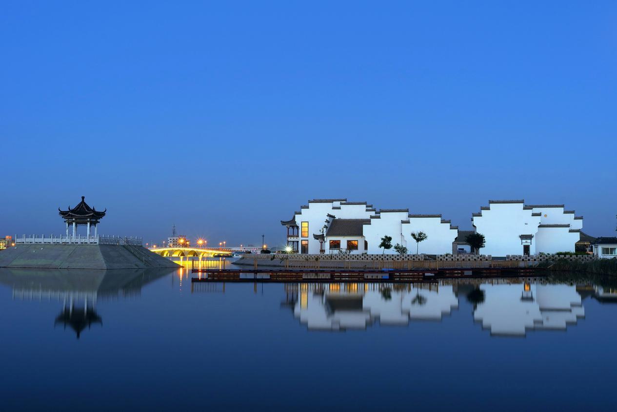 中海水利风景区是滨州城市的标志性工程.